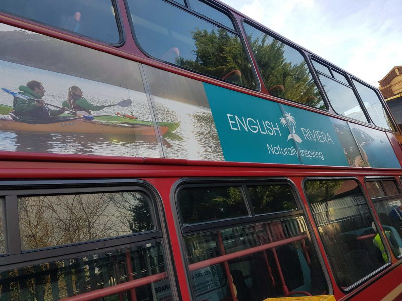 English-Riv-London-bus-scaled